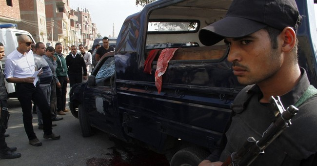 IS group claims killing of 4 Egyptian police