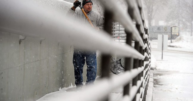 Winter storm dumping snow on Northern Plains