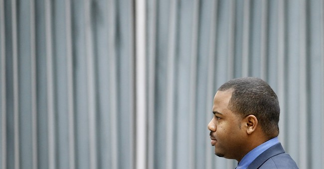 The Latest: Medical examiner: Gray's spine was 'kinked'