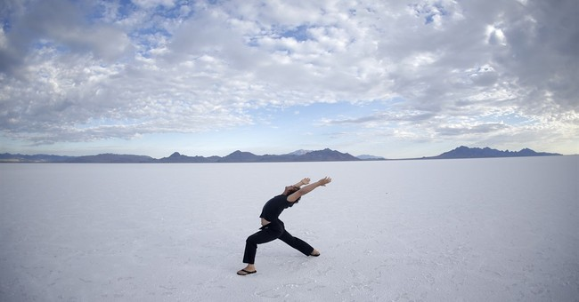 Politicians join push to protect Utah's famous salt flats