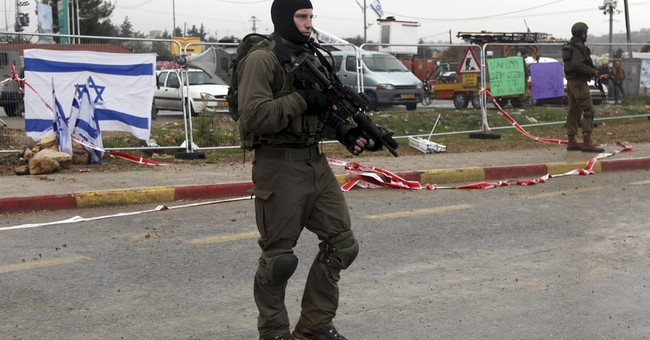 Israeli troops kill 2 Palestinians after stabbing attempts