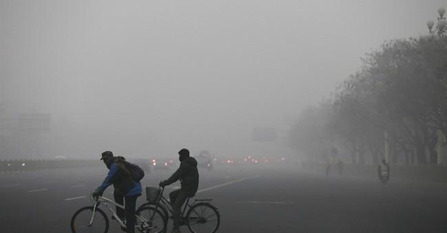 Beijing air pollution reaches hazardous levels