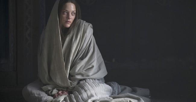 Review: Fassbender broods mightily in Kurzel's 'Macbeth'