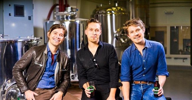 Hanson hops from singing MMMBop to brewing their own beer