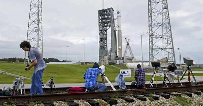 Weather forces 2nd delay for critical space station shipment