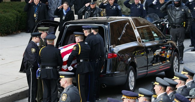 Hundreds pay tribute to officer slain during domestic call