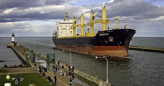 Coast Guard in talks to release ship stuck in Minnesota