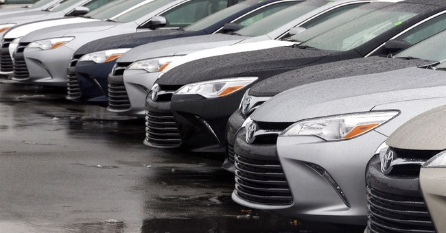 Automakers report January US sales jumps, led by GM, Toyota