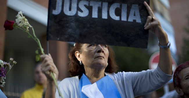 Argentine prosecutor considered call for president's arrest