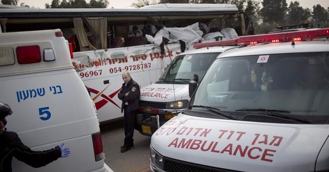 Israel highway crash kills 8, injures 20