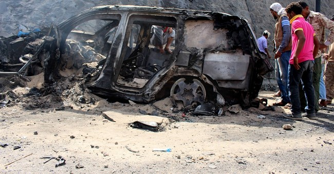 IS-claimed bombing kills Yemeni governor, 6 guards in Aden