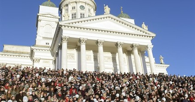 Finns sing on cathedral steps to honor Jean Sibelius