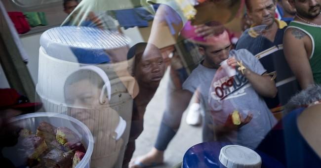 President: Costa Rica will not send Cuban migrants home