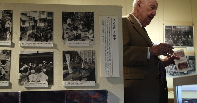 US veterans who firebombed Japan in WWII meet survivor