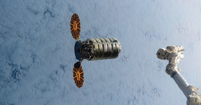 Christmas delivery: 1st US space station shipment in months