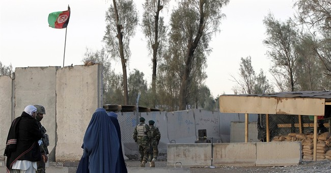 Dozens killed in ongoing Taliban attack on Afghan airport