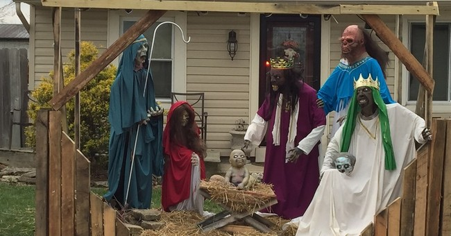 'Zombie nativity' back in Ohio yard a year after controversy
