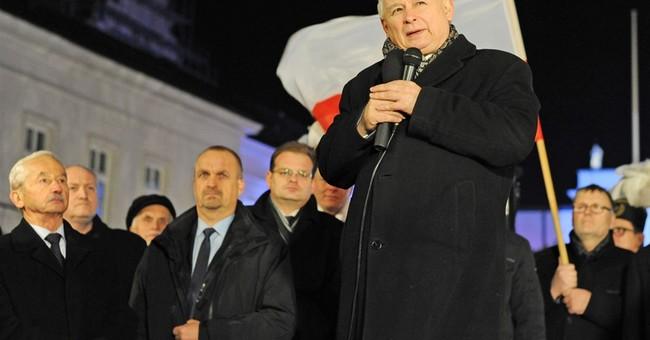 Poland adds military guards for Lech Kaczynski remembrances