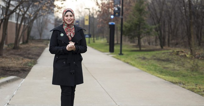 US Muslim women debate safety of hijab amid backlash