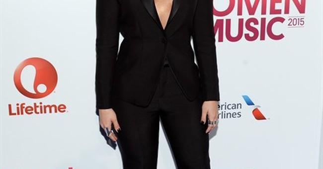 Gaga, Missy Elliott in tears after getting Billboard honors