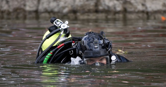 Search for shooters' hard drive concludes in California lake