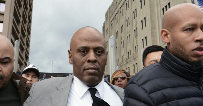 Chicago officer acquitted of putting gun in suspect's mouth