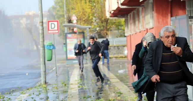 2 killed in clashes in Turkey as Kurds denounce curfew