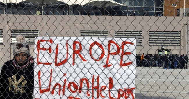 Greece: EU gives $88 million for housing stranded migrants