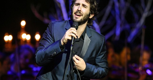 Josh Groban eyes Broadway, says he's in that 'headspace'