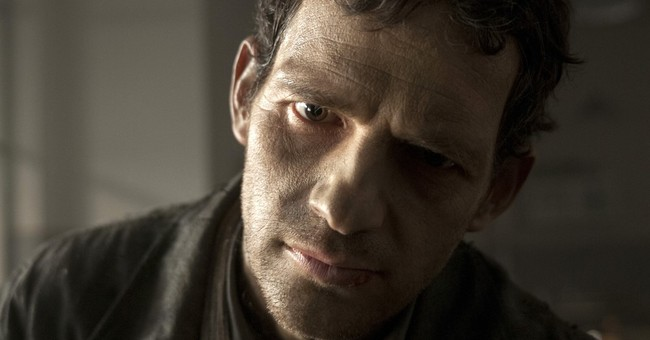 Plunging into hell of Auschwitz, 'Son of Saul' confounds