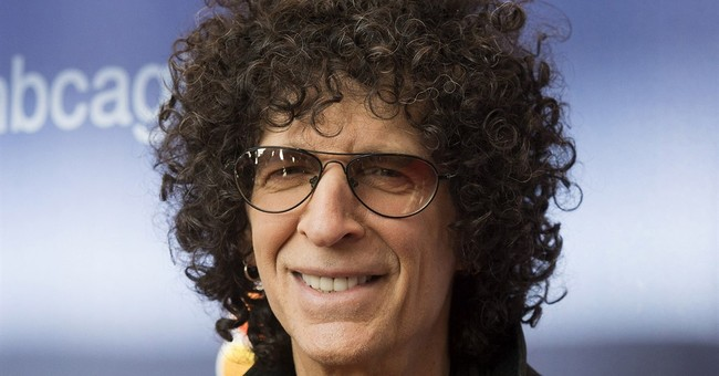 Howard Stern announces 5-year deal with Sirius XM