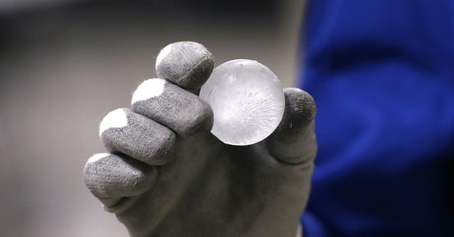 Gorilla Glass, used for cell phones, is coming to cars