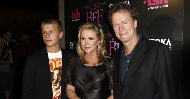 Paris Hilton's brother Conrad charged with disrupting flight