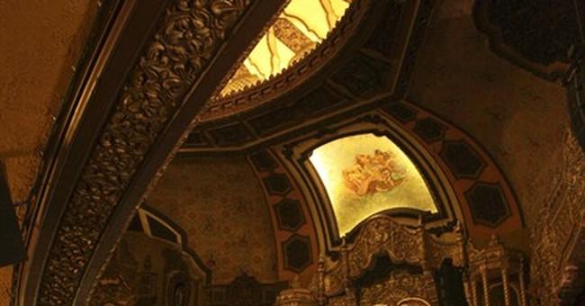 Spotlight on historic Staten Island theater in Pacino film