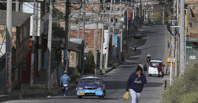 Boom in Colombian extortion rings undermines security gains
