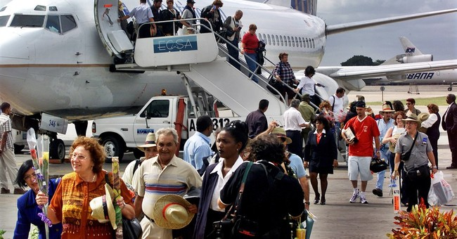 US, Cuba near deal on restoring commercial flights