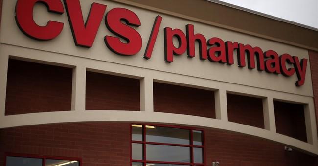 CVS Health hikes low end of 2016 forecast range, dividend