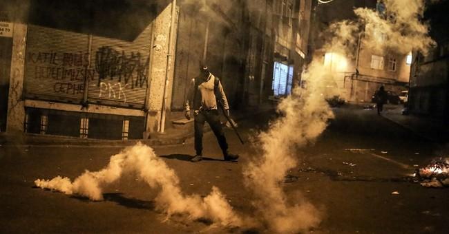Turkey: 8 Kurdish rebels killed in clash in southeast