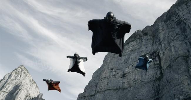 'Point Break' remake features real athletes, not stuntmen