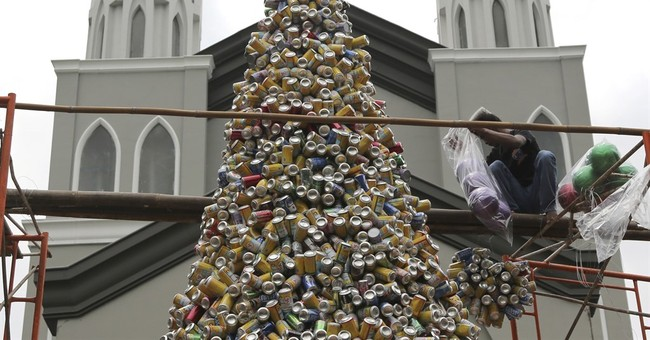 Image of Asia: Christmas tree in Indonesia, made of cans