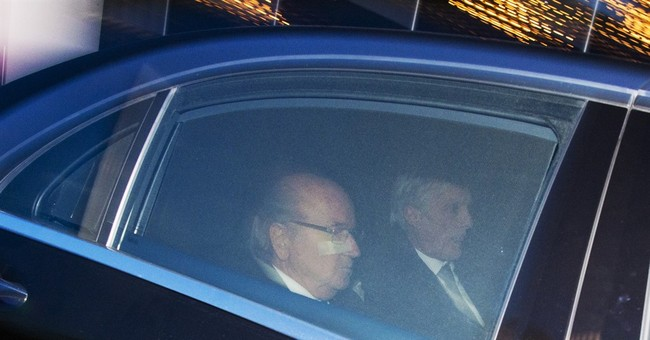 Blatter calls Monday news conference after FIFA verdicts