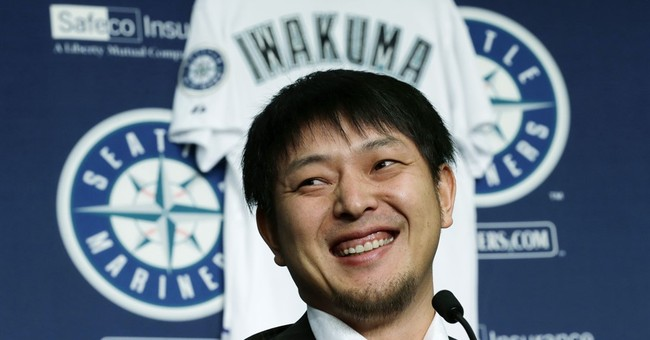 Iwakuma happily back in Seattle after failed Dodgers deal