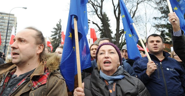 Polish PM: Protests being led by politicians who lost power