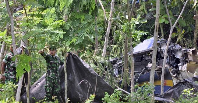 Jet fighter crashes at Indonesian air show; 2 dead