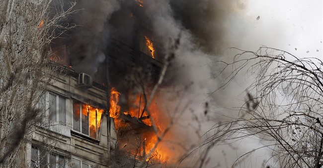 Explosion hits Russian apartment building; 1 dead, 8 injured