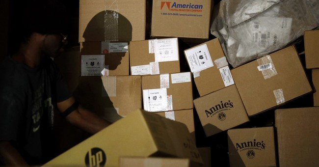 Shipping mania: rushing to deliver millions of holiday gifts