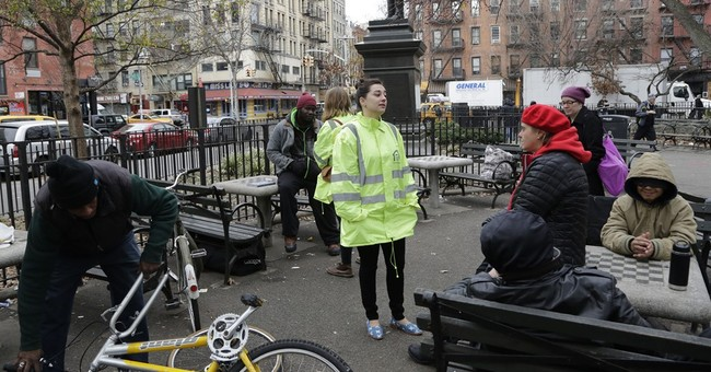 Outreach teams fan out in NYC as 3 homeless prepare to sue