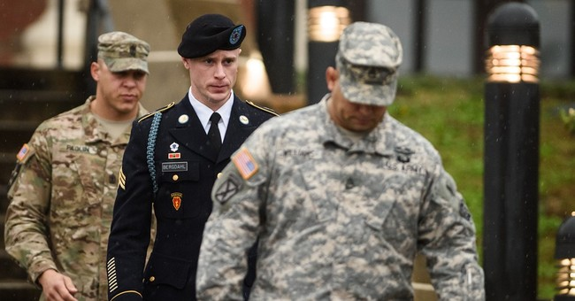 Bowe Bergdahl arraigned at North Carolina Army base