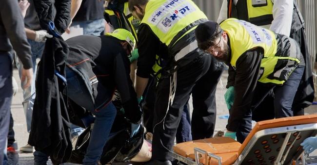 Palestinian stabbers kill Israeli, assailants shot dead