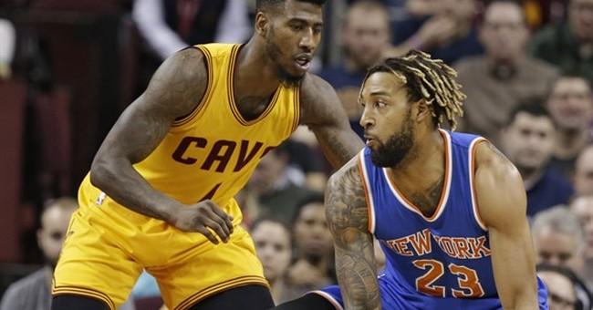 Knicks forward missing $617,000 in jewelry; 2 women sought